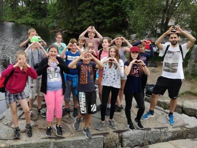 Žáci ze ZŠ Sušice, Lerchova ulice natočí s Pavlem Horejšem videoklip.