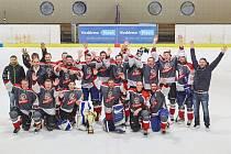 Po druhém finálovém vítězství nad HC Pubec Plzeň převzali hokejisté HC Bidlo Malá Víska v Plzni mistrovský pohár a přímo na ledě odstartovali oslavy titulu