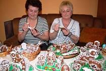 Dvě kamarádky Marie Vlasáková a Jana Veselá