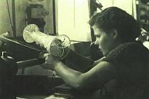 Sklárna v Anníně v 50. letech.