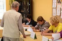 Volby v Bezděkově - pátek.