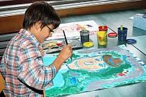 Devítiletý Daniel Palát, který získal na soutěži Můj kousek Země 2010 ve své kategorii třetí místo, navštěvuje ZUŠ J. Kličky v Klatovech již od první třídy.