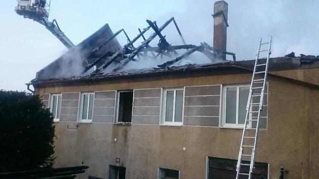 Požár rodinného domu ve Strážově