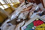 Opuštěný areál školy v přírodě