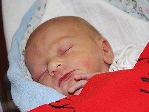 Adéla Vlnařová z Klatov (2540 g, 48 cm) se narodila v Klatovech 5. března v 17.29 hodin. Rodiče Petra a Zdeněk přivítali očekávanou dceru na světě společně. Na sestřičku se těší Tomášek (3).