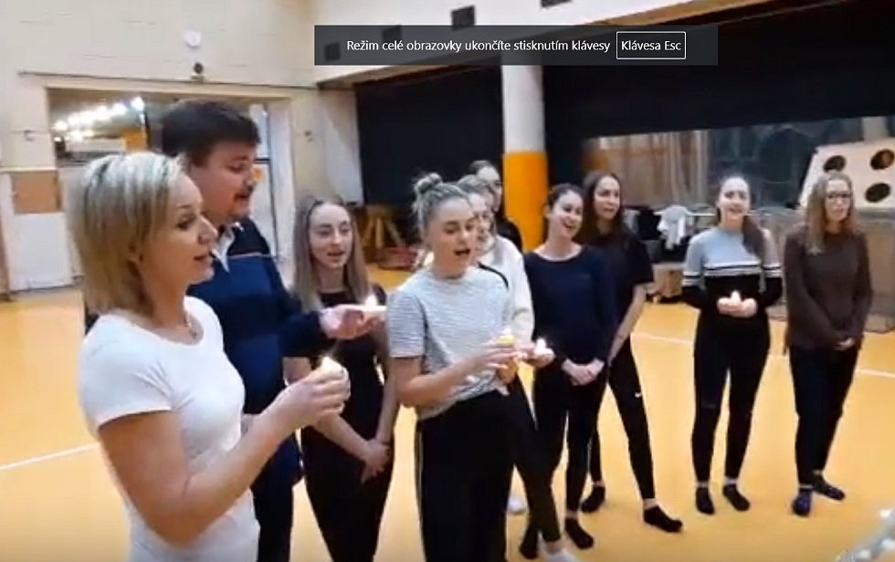 Česko zpívá koledy