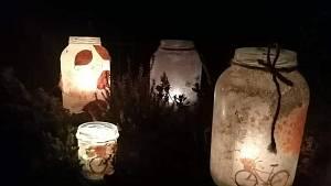 Virtuální lampionový průvod z Nýrska.