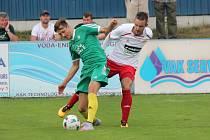 Divize 2016/2017: SK Klatovy 1898 (bílé dresy) - 1. FC Karlovy Vary 1:3