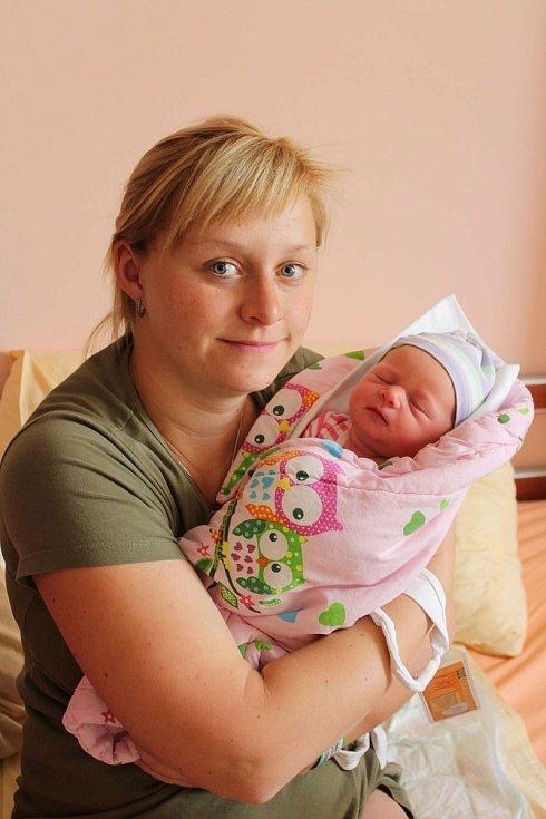 Ivana Topinková (3370 g, 52 cm) se narodila 1. června 2021 ve 21:11 hodin ve Fakultní nemocnici vPlzni na Lochotíně. Na světě ji přivítali rodiče Ivana a Karel ze Zdemyslic. Doma na sestřičku čekal roční Kájík.