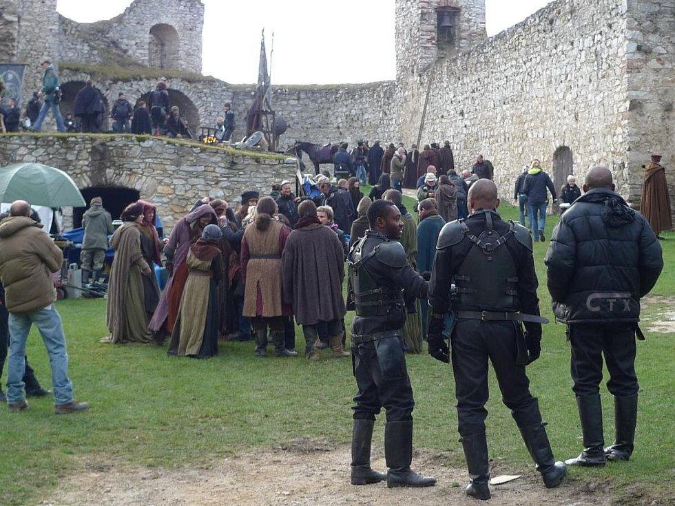 Filmaři na hradě Rabí