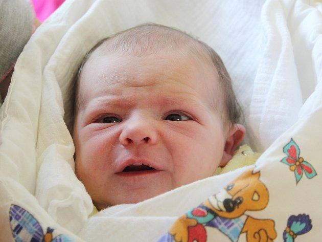 Karolína Tomášková z Janovic nad Úhlavou (3120 g, 50 cm) se narodila v klatovské porodnici 18. května v 16.07 hodin. Rodiče Lenka a Karol věděli, že jejich prvorozené dítě bude dcera, kterou na světě přivítali společně.