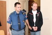Vojtěch Zimmermann u klatovského soudu.