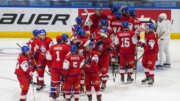 Čeští mladíci skolili Rakousko a ve čtvrtfinále MS vyzvou domácí Kanadu. Zápas si zahrají i klatovští odchovanci David Jiříček a Radek Mužík.