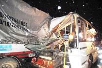Nehoda autobusu u Chválenic