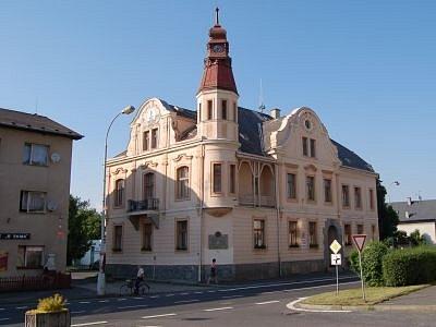 Radnice v Nýrsku. Ilustrační foto
