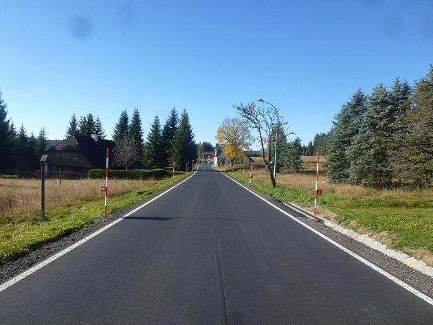 Opravená silnice na Filipově Huti
