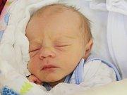 Jan Vizinger z Klatov (2670 g, 49 cm) se narodil v klatovské porodnici 8. prosince v 10.22 hodin. Rodiče Kateřina Eleonora a Michal věděli, že jejich prvorozené miminko bude chlapec.