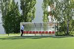 Nové fotbalové hřiště s umělou trávou v Klatovech. Zasloužil se o  o něj zejména předseda SK Klatovy 1898 Jindřich Sojka.