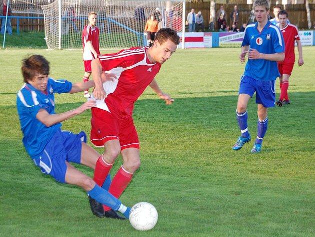 Divizní regionální derby mezi Klatovy a Vejprnicemi.