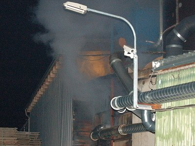 Požár sila s pilinami v Klatovech