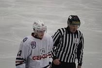 Hokejisté Klatov padli v Kolíně 3:4 po prodloužení a od konce sezony je dělí jediná porážka.