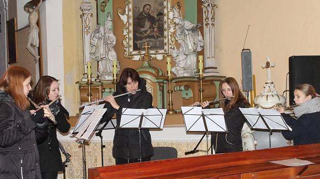 Benefiční koncert v kostele sv. Václava ve Švihově.