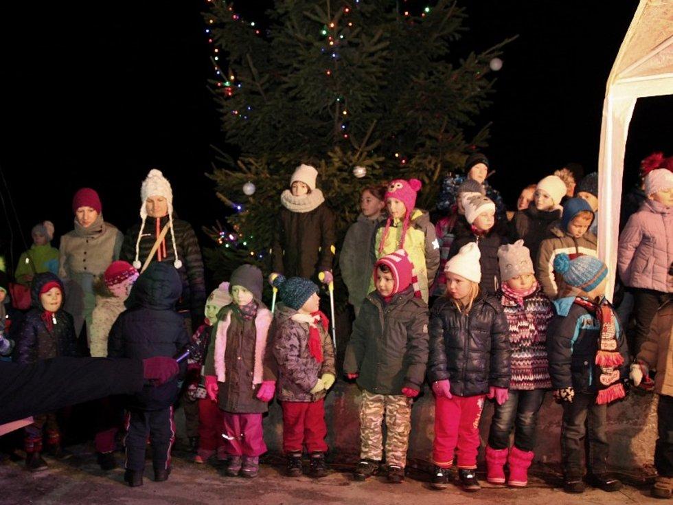 Rozsvícení vánočních stromků na Klatovsku.