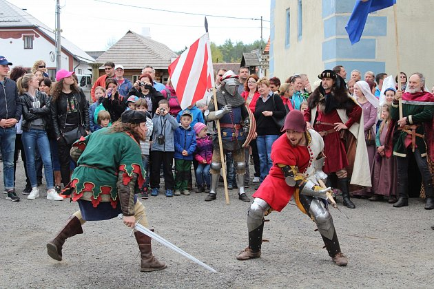 V sobotu a neděli se Velhartice přenesly do 15. století.