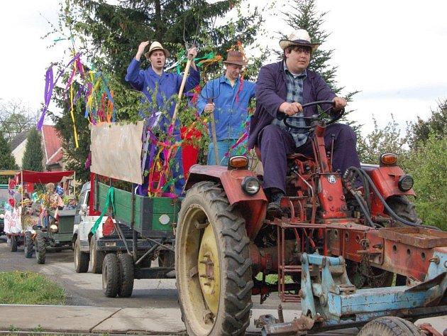 Recesistické prvomájové oslavy v Borovech na Klatovsku