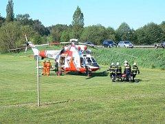 Nehoda dvou vozů a dvou motocyklů u Velkého Boru.