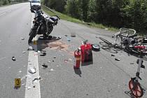 Střet motorkáře s osobním vozem u Červeného Poříčí.
