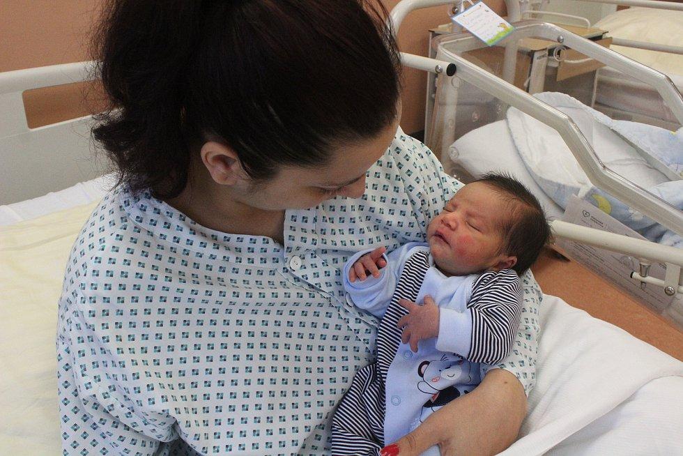 Patrik Julius Lacko ze Sušice je prvním miminkem narozeným v Klatovské nemocnici.