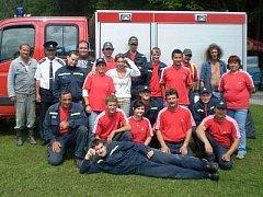 Dlouhoveští hasiči na okresní soutěži.