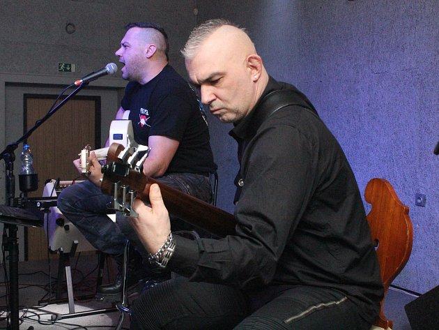 Tomáš Ortel vMusic klubu UKošile vKlatovech.