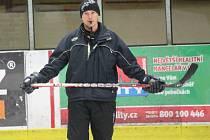Klatovští hokejisté poprvé před novou sezonou trénovali na ledě.