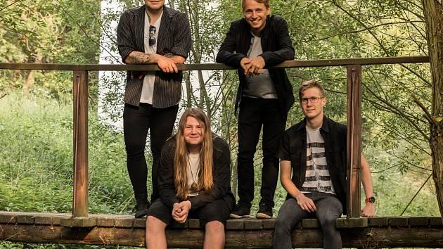 Hrady CZ ve Švihově budou pro klatovskou skupinu Adys premiérou na velkých festivalech.