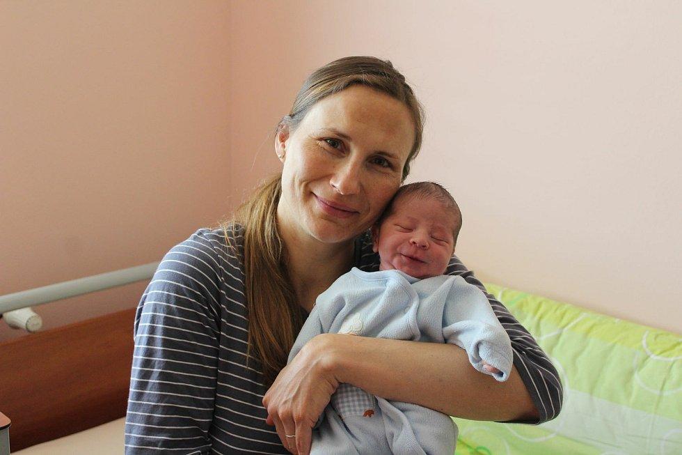 Jan Muchka (3340 g, 52 cm) se narodil 31. května 2021 ve 20:40 hodin v plzeňské Fakultní nemocnici na Lochotíně. Na světě ho přivítali rodiče Marie a Roman, sestra Valentýnka (13) a bráška Pepíček (11) z Kyšic.