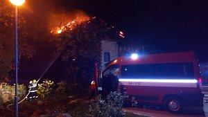 Požár bývalé sýpky ve Štěpánovicích u Klatov
