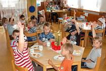 Základní škola a Mateřská škola Strážov