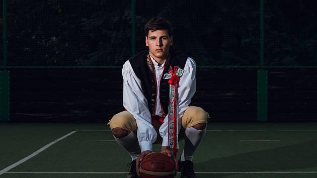 Basketbalista Martin Mach.