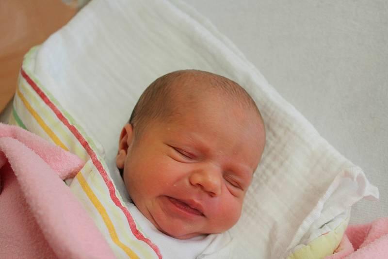 Rozárie Pokorná zKlatov se narodila vklatovské porodnici 27. září 2021 ve 13:12 hodin (2800 g, 46 cm). Pohlaví miminka věděli rodiče Tereza a Martin dopředu.