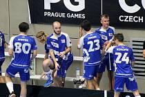 PG 2020 - B18: Bulldogs Brno (oranžové dresy) - FBC Plzeň (modré dresy).