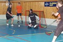 Florbalisté Devils Klatovy v kategorii středních škol porazili ve víkendovém kole oslabený tým FBC Nýrsko 18:3