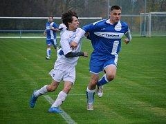 Ze zápasu Strážov (v modrém) a Sušice B.