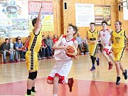 Zápas ligy mladších žáků U14 Klatovy (bílí) - Písek.Hráno 1. 4. 2017.