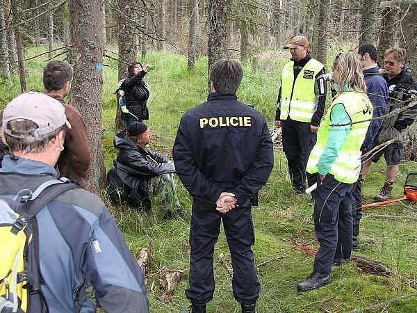Zásah policie proti ekologickým aktivistům u Modravy