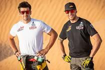 Dakarský pilot Martin Macík (na snímku vlevo) vyrazí společně s Janem Brabcem (vpravo) na Rallye Šumava.