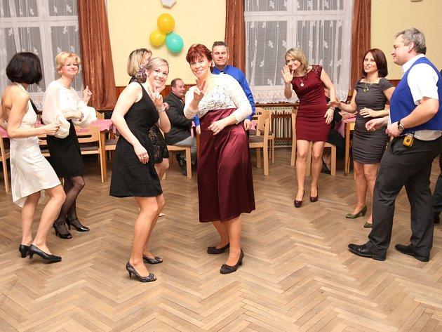 Sokolský ples v Dolanech 2016