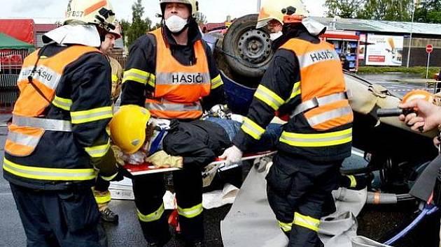 Sušičtí hasiči na soutěži ve vyprošťování