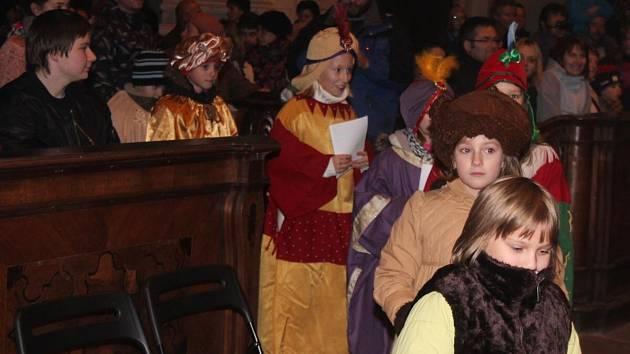 V Klatovech zahájili Tříkrálovou sbírku v kostele